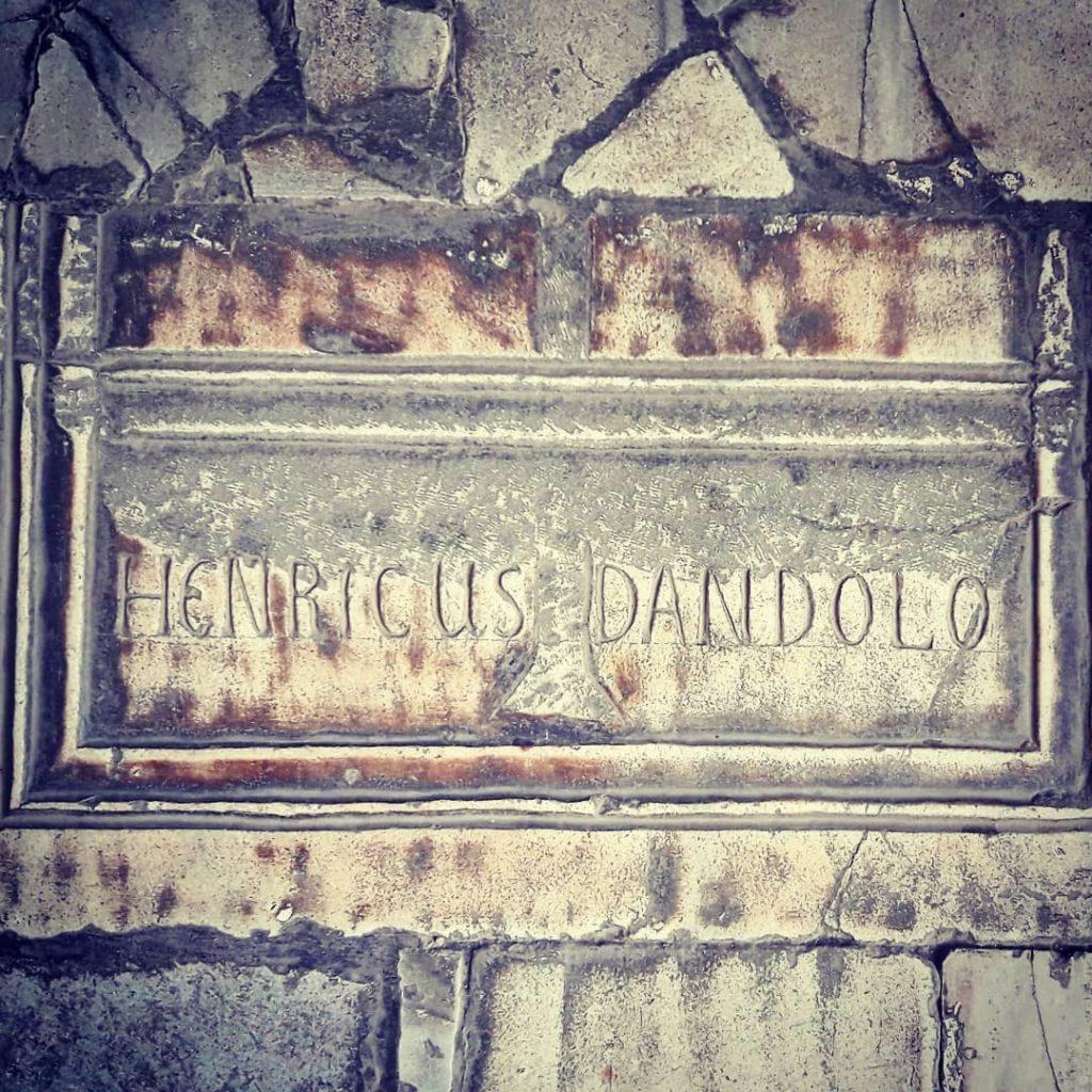 Tomba di Enrico Dandolo a Santa Sofia